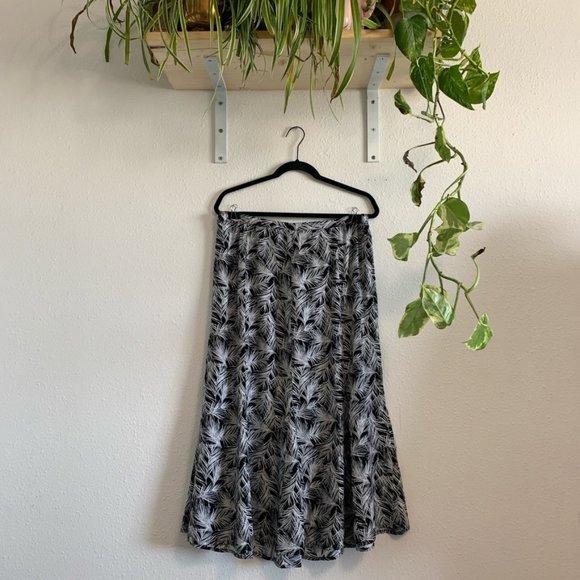 Christopher & Banks Dresses & Skirts - Plus Size Christopher & Banks Floral Midi Skirt